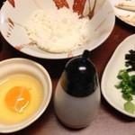 炭火焼鳥 西家 - 卵かけ御飯