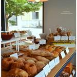 クロフトベーカリー - パンは対面での販売