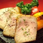 あんずき - 料理写真:日本テレビ『メレンゲの気持ち』で紹介された【ハーブ豚ロース肉の桜薫仕立て溶岩プレート】!ぜひご賞味ください♪