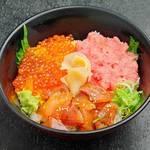 魚がし食堂 - 料理写真:【 いろいろお魚とねぎトロいくら丼 】 三種の美味しさが楽しめます。