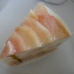 フリューリング - 桃のショートケーキ ¥490