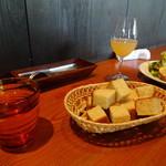 羽山料理店 - パン