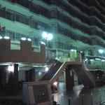 パブ&レストハウス ブリュッケ - 大阪市バス守口車庫の横にある、1・2Fが商業施設になった下駄履きマンションの2階