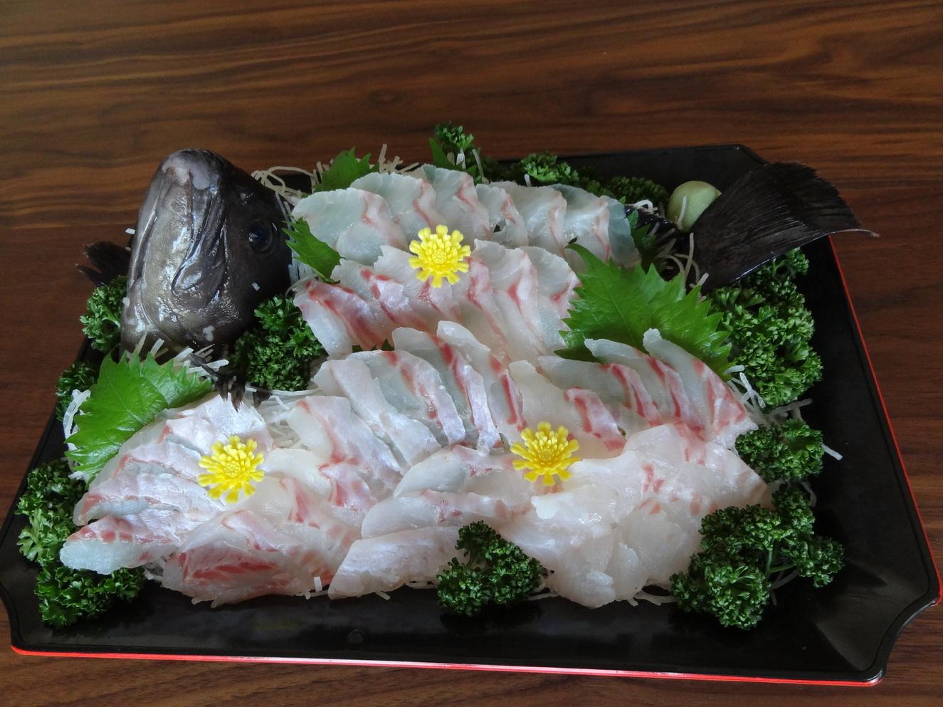 魚忠鮮魚店 名古屋三越星ヶ丘店