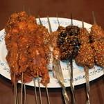 千里香 - 料理写真:2013.7 羊肉串(1串157円)、蛙あし(1串175円)、蚕(1串210円)、鶏頭(1串210円)