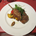 レストラン ボンジョリーナ - 仔羊のロースト 粒マスタード添え