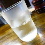 鳥京 - 名酒十四代(在庫が半分量しかなかったため無料サービスしてくれた)