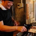 大衆酒場 玉井 - 【備長炭】炭火焼鳥   焼き鳥はその日に仕入れた新鮮な鶏を毎日職人が手刺しで仕込みます。