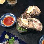 まる田 - 岩牡蠣
