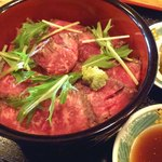 20369396 - レアステーキたたき風丼;たたき,美味い!けど…(^^;) @2013/07/30