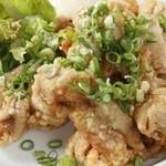 アジト - 食べ放題でお腹も満足『若鶏の唐揚げ油淋鶏』