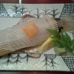 活魚 八雲亭 - 柔らかいながらも、しっかりとした「イカの刺身」です。