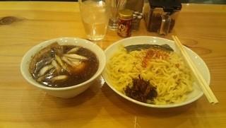 すずめ食堂 - つけそば(800円)+味玉(クーポン)