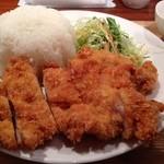 めのか - チキンカツ定食(ごはん大盛無料、自家製わらび餅つき) 650円