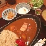 麹村 - ランチ。玄米のカレーライス。