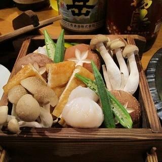 旬の京野菜をふんだんに使用したお料理をお出ししています。