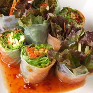 新鮮有機野菜のシャキシャキ生春巻き