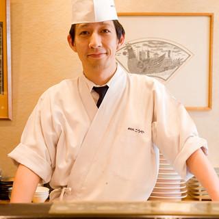 カウンター越しのお客様へのおもてなしを天職と感じる料理人