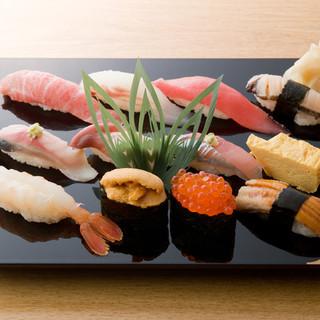 毎朝、店主が市場に赴き、厳選された魚貝から選ぶ『政宗』