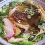松月 - 甘~く炊かれたスジ肉が美味しい「ぼっかけ蕎麦」