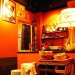 チェルシーデルンバ - 店内のBGMはDJブースから JAZZ、SOUL、LATIN