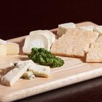 フランス産チーズ盛り合わせ