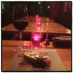 ボン スイーツ&スマイル - ハートのブルーチーズチーズケーキ。 夜スイーツ。