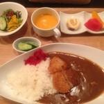 洋食キッチン パイン -