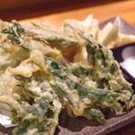 20401122 - 山菜天ぷら盛り合わせ。