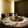 中国料理 「煌蘭苑」 - 内観写真:10名さままでの個室「楽」の間。大切な方とのご歓談・ご接待などにご利用ください。