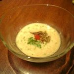 2042252 - 山芋と鶏肉とじゅんさいのすり流し(つきだし)