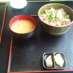 丼兵衛 - ネギトロ丼(950円)