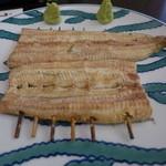 鰻家 - 白焼き