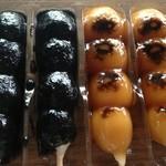 手作処 かっぱ本舗 - 2013年7月:左:黒胡麻、右:あめや(みたらし)