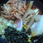 恋路茶屋 - 三種合体麺(真上)
