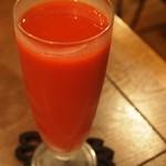 洋食ラフラフ - 感動するというトマトジュースの味は・・・
