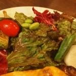 洋食ラフラフ - 付け合せのサラダ