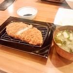 とんかつ かつ寿 - 黒豚ロースカツ定食(1,450円)