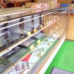 かど丸餅店 - ほとんど売り切れ・・・まあ仕方ない