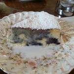 混智恵流都 - ブルーベリーケーキ