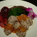 華風 - 豚と牛の焼き豚と鱧の酢味噌ソース