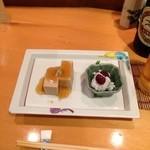 20459193 - 胡麻豆腐、鱧梅肉添え