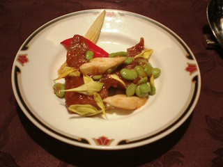 桂林 - 山形産牛ロースとだだちゃ豆の辛子炒め 菊花のせ