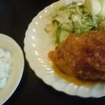 yoh - 料理写真:チキンのチリトマトソース煮(ドリンク付き \1,000)