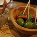 アルルの食堂 urura - 鶏レバーのパテとピクルス