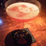 Bar Amber - スイカとウォッカのフレッシュカクテル、夏に最適!!