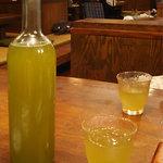 塩梅 - 8月に行ったら緑茶が出てきました。