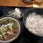 むさしの エン座 - 季節の霙糧もりうどん(肉入り)(温)