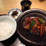 新屋敷 幸福論 - 2013/8 ランチ 御食事 白御飯・のどぐろアラ炊き・赤だし・お漬物
