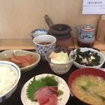 和久良 - ランチ(キンキの煮付け、子柱のサラダ、豆腐)